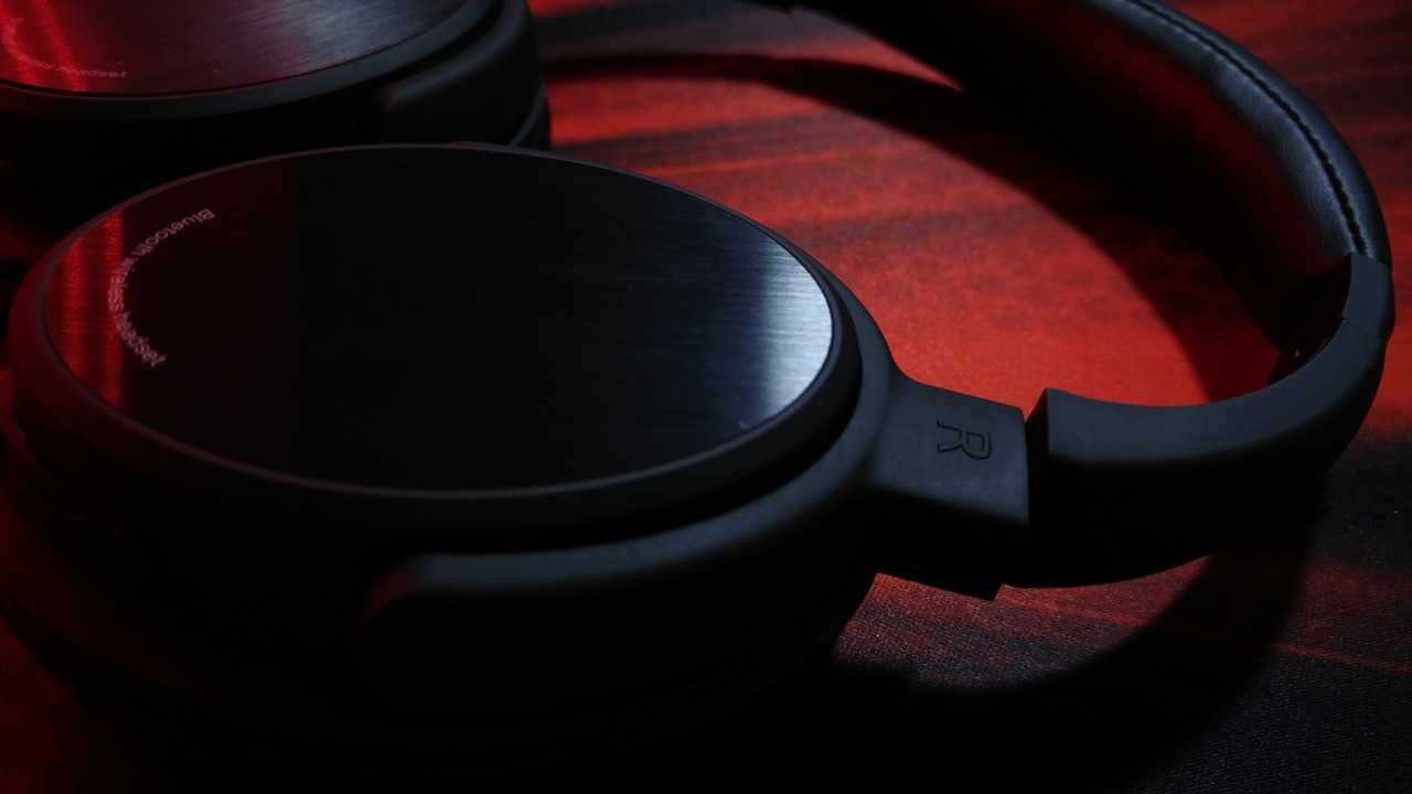 Best Radio headset review 2020 : Buyer's guide cover image